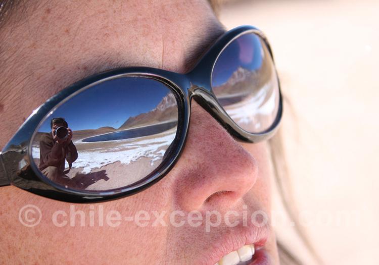 Le photographe au travers du verre des lunettes