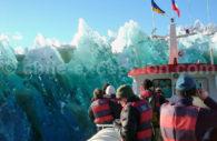 Navigation sur le Lago Grey