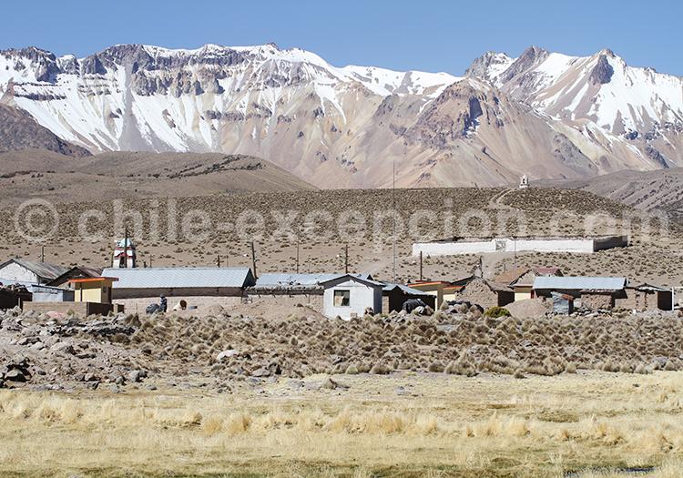 Village andin, Caquena, Chili