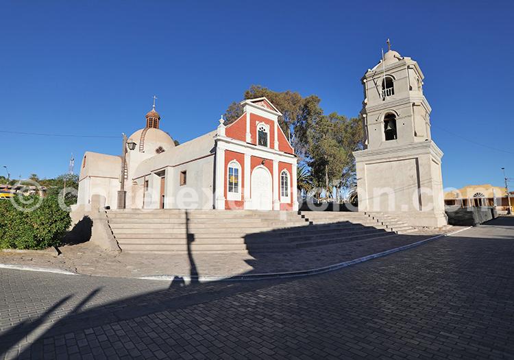 Place centrale du village, Nord du Chili