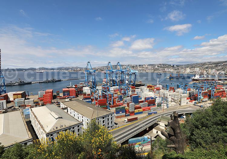 Zone portuaire de Valparaiso, vu depuis le Cerro Artillería, Valparaiso, Chili