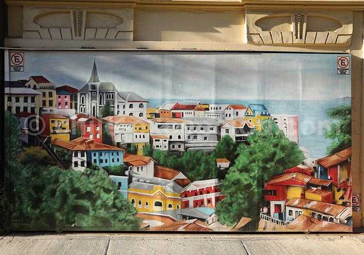 Valparaiso, une ville haute en couleurs