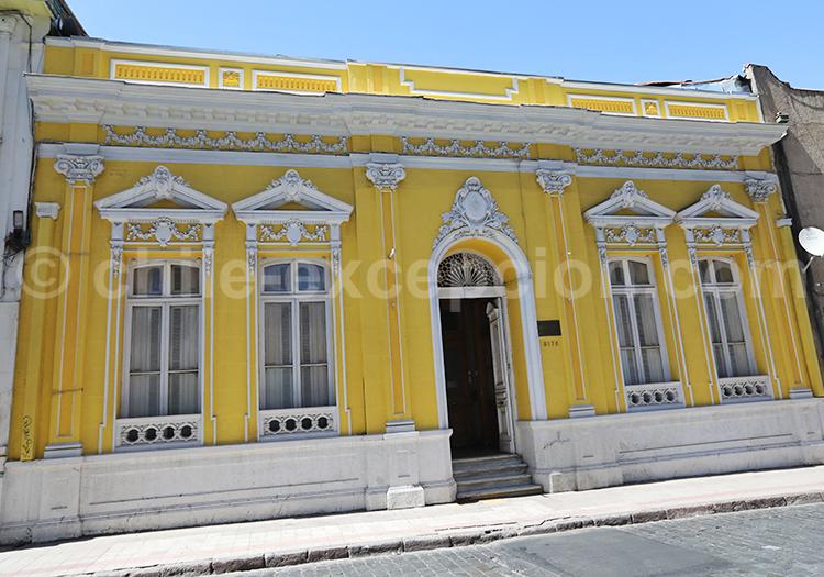Free tour in the Barrio Brasil, Santiago de Chile