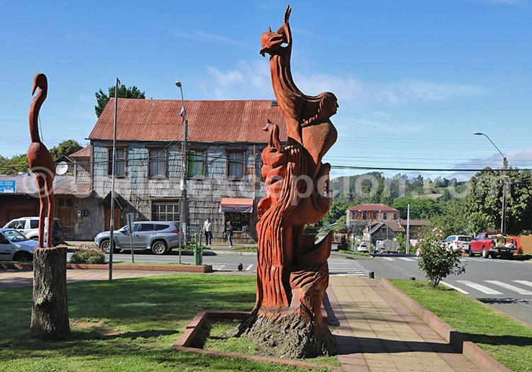 Statue de Sergio Oyarzo Godoy, Puerto Octay