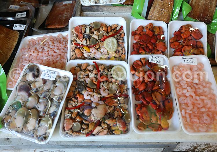 Dégustation, marché d'Angelmó, Chili