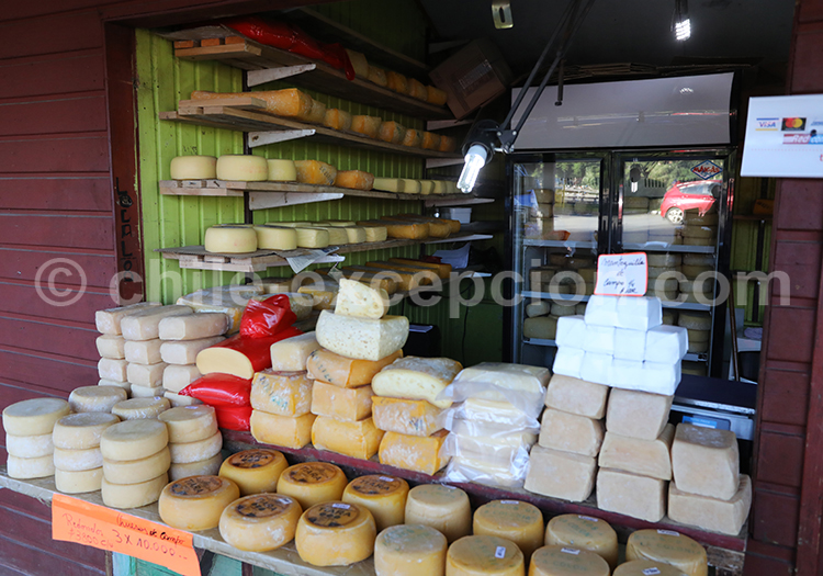 Fromagerie, Marché d'Angelmó, Puerto Montt