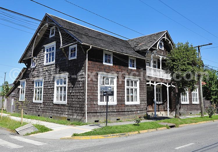 Casa Yunge, Puerto Varas