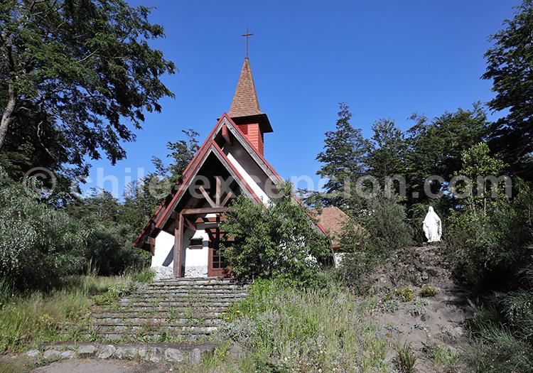 Chapelle Todos los Santos, Petrohué, Chili