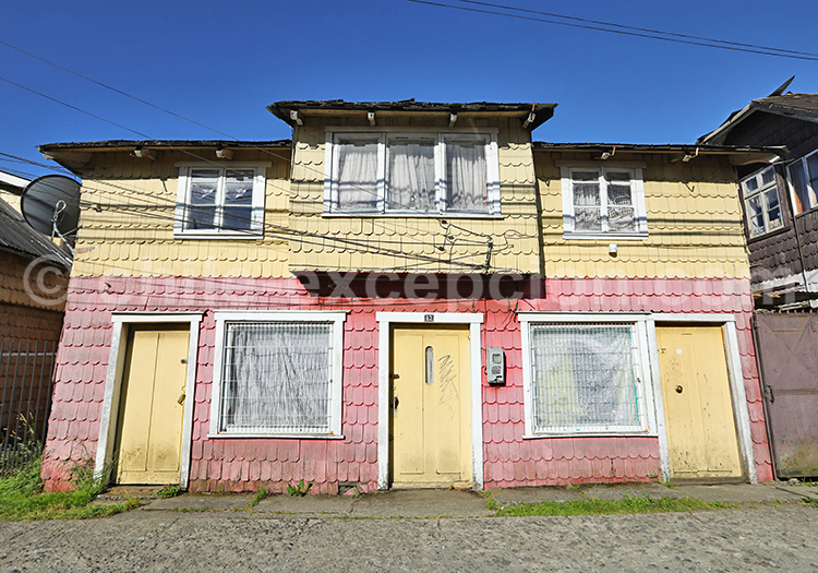Rues du village de Llanquihue, Sud du Chili