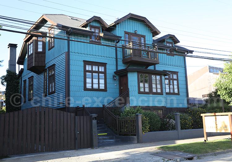 Maison typique de la Patagonie des lacs