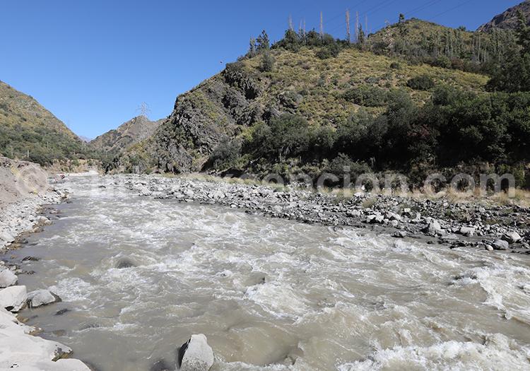 Kayak, Río Maipo, Chile