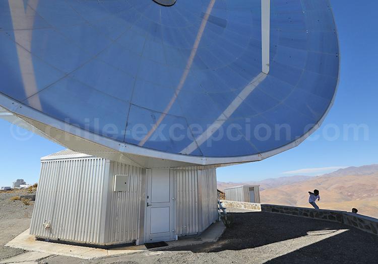 Télescope géant, Observatoire la Silla, Chili