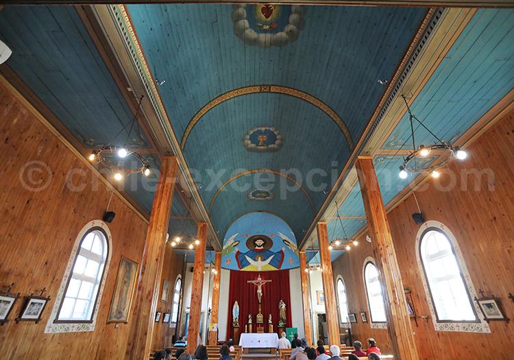 Intérieur de l'église de Llanquihue, Chili