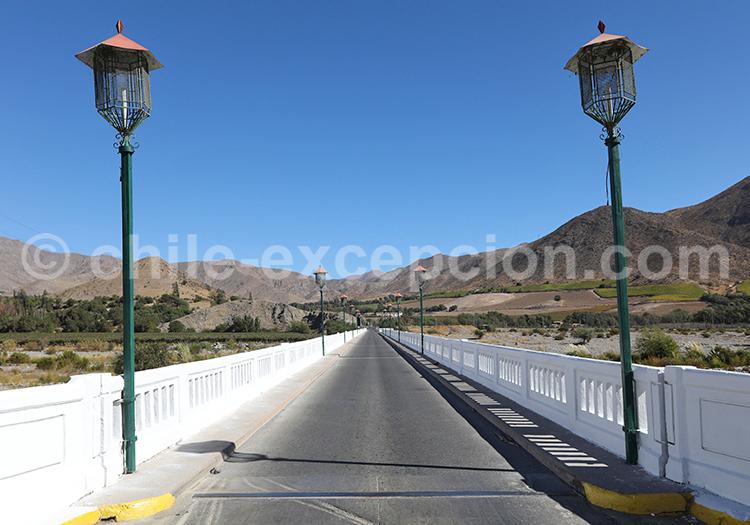 Route Vicuña, Valle del Elqui, Chili