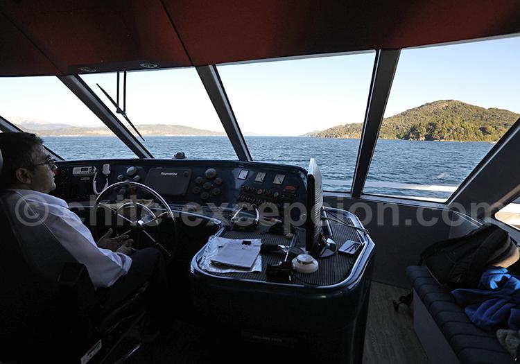 Bâbord du bateau, lac Bariloche