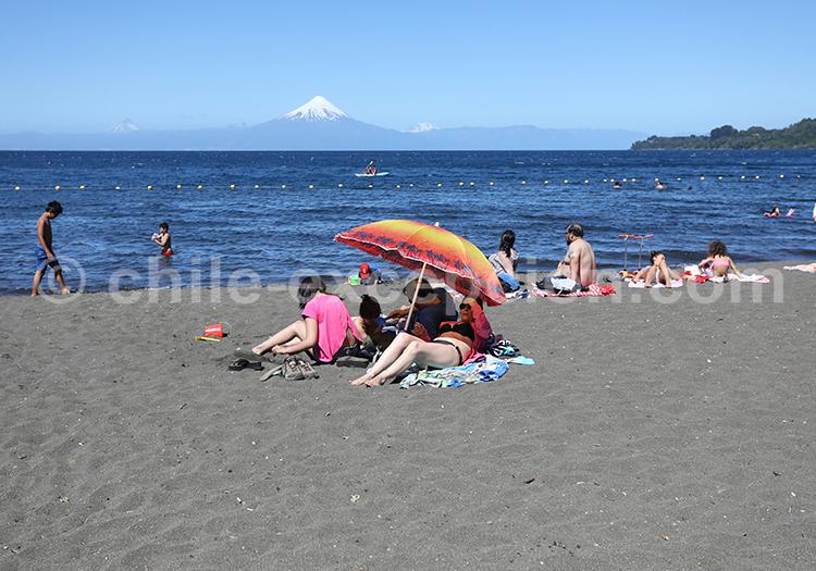 Plage, lac LLanquihue et volcan Osorno