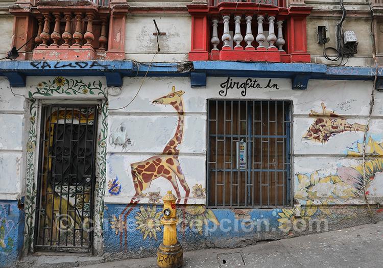 Peinture de girafe à Valparaiso, Cerro Concepción