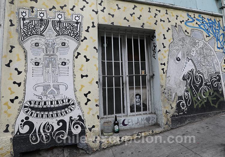 Mosaïque de rue à Valparaiso
