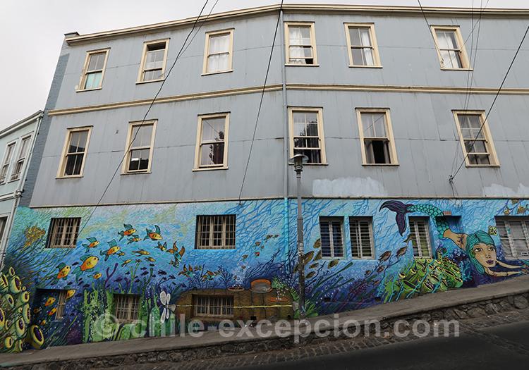 Parcourir les rues de Valparaiso à la découverte des plus belles peintures de rue