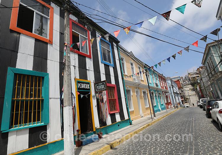 Rue en fête au Cerro Concepción, Valparaiso, Chili