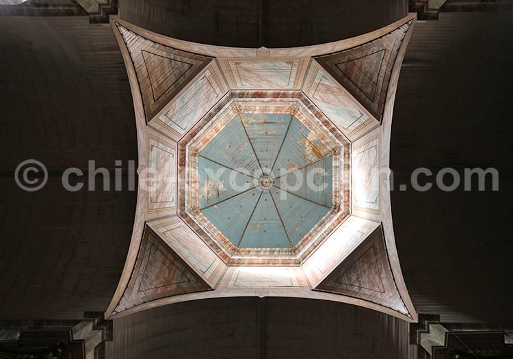Voûte Basilique de Andacollo, Chili