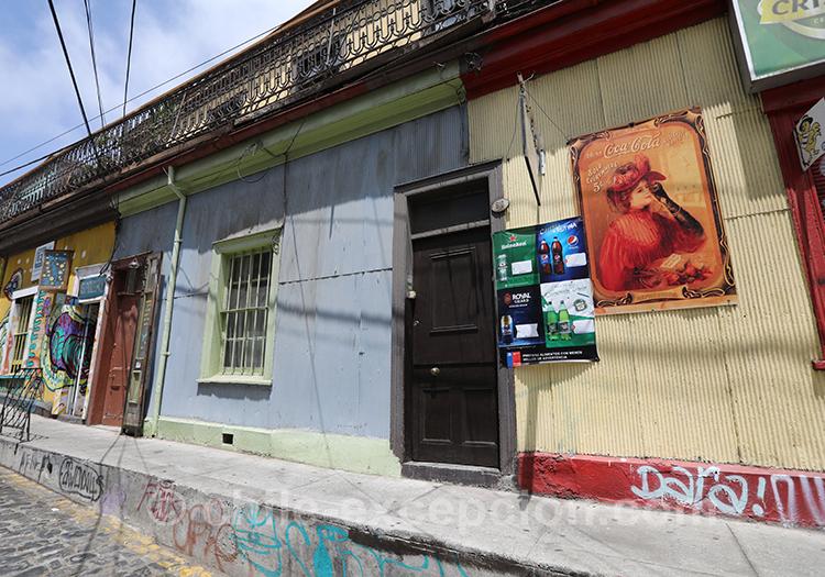 Rues coloriées de Valparaiso, Cerro Concepción, Chili