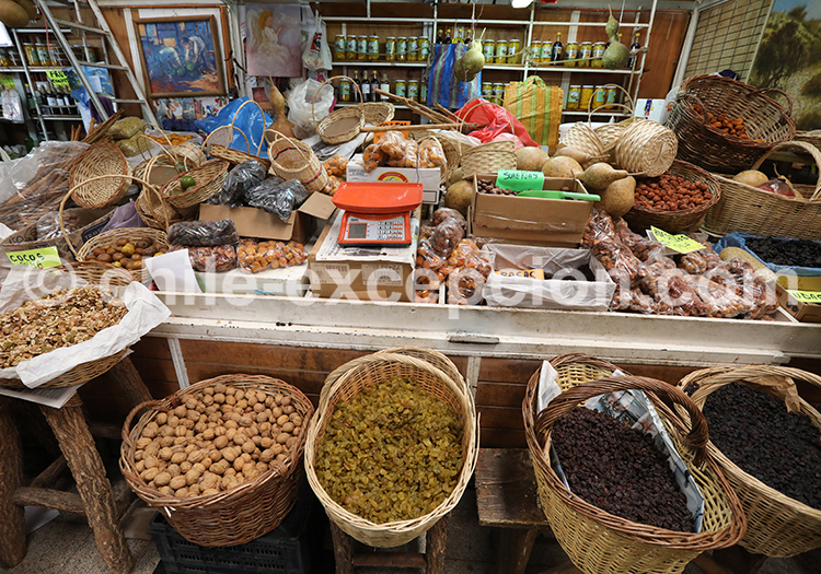 Stand de fruits secs, Feria Modelo de Ovalle, Chili