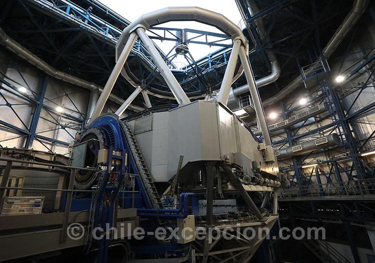 Principaux téléscopes de l'observatoire du cerro paranal, atacama