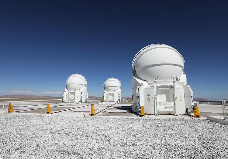 Le plus grand observatoire du monde, Very Large Telescope, Nord du Chili