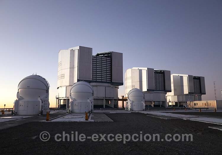 Very Large Telescope, North of Chile