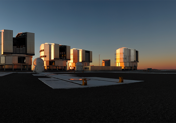 Observatoire Cerro Paranal - Crédit ESOF Kamphues