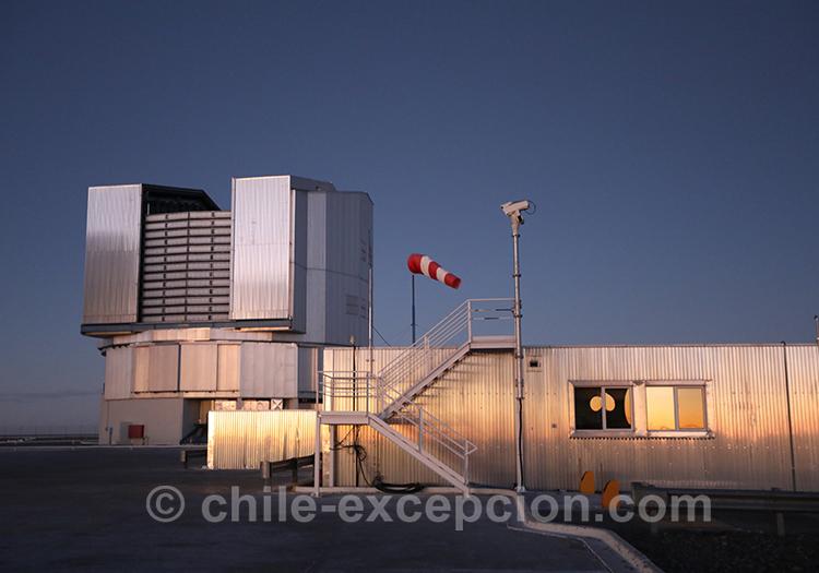 Année mondiale de l'astronomie, VLT Cerro Paranal, Chili