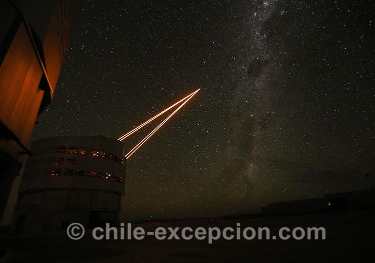 Nuit sous les étoiles, désert d'Atacama, Chili