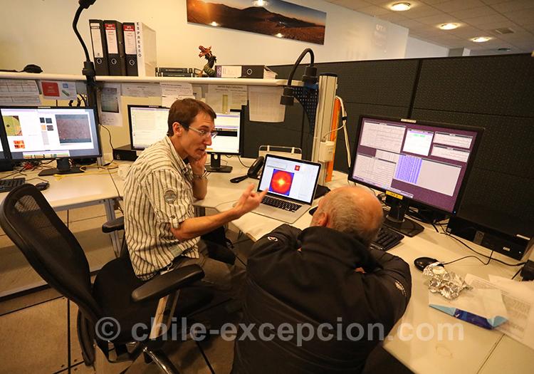Reportage dans les bureaux de l'observatoire Paranal, Nord du Chili