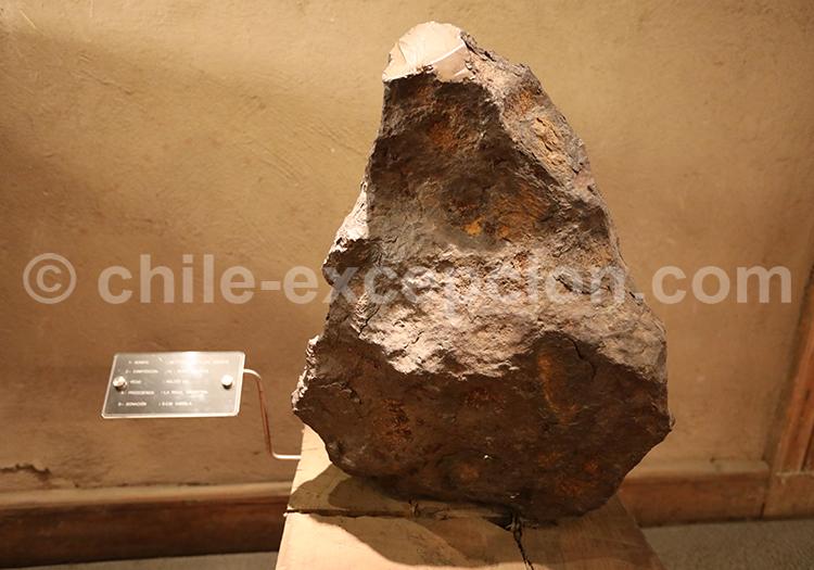 Exposition des roches présents au Chili, musée des mines