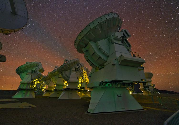 Observatoire Alma - Crédit ESOY. Beletsky