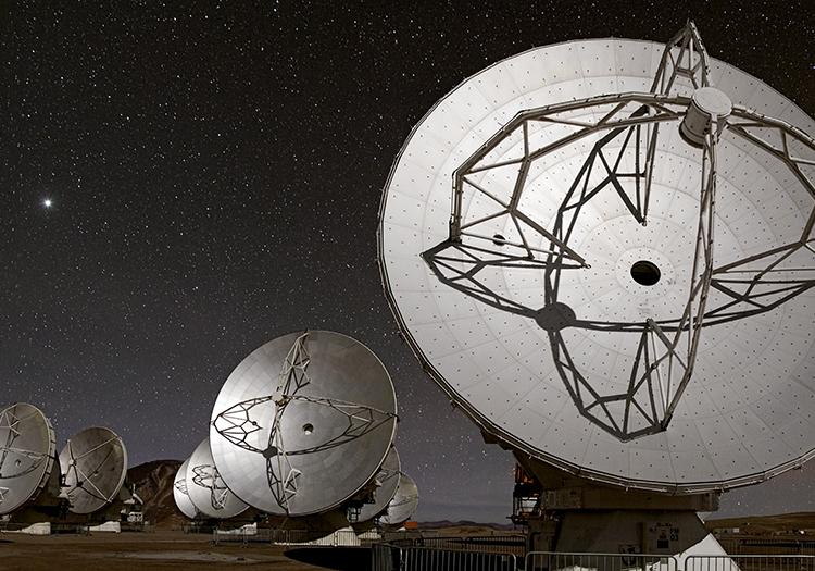 Observatoire Alma - Crédit ESOB. Tafreshi