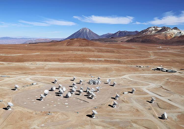 Observatoire Alma - Crédit Calm Adri Bacri Normier ESO