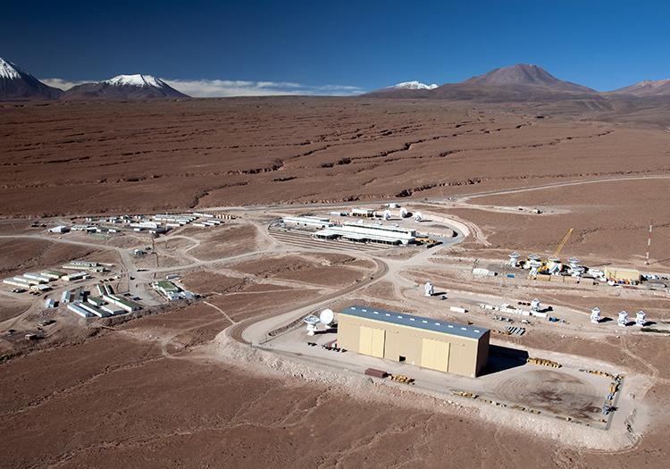 Observatoire Alma - Crédit ESONAOJNRAO W Garnier