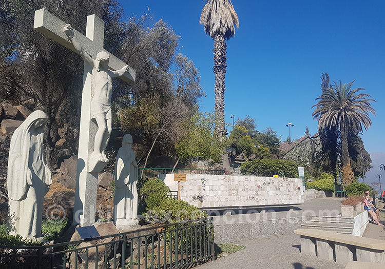 Se promener au Cerro San Cristobal à Santiago de Chile