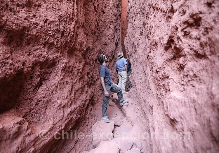 Valle del Arcoiris, pétrographes de Yerbas Buenas