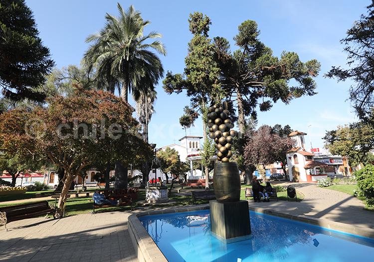 Plaza de Armas, Santa Cruz