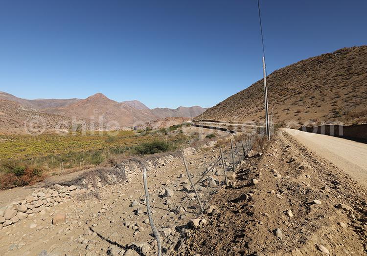 Route montagneuse, désert du Chili