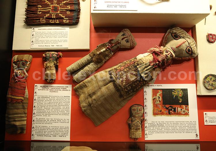Plumes, textiles et poupées, Musée Colchagua