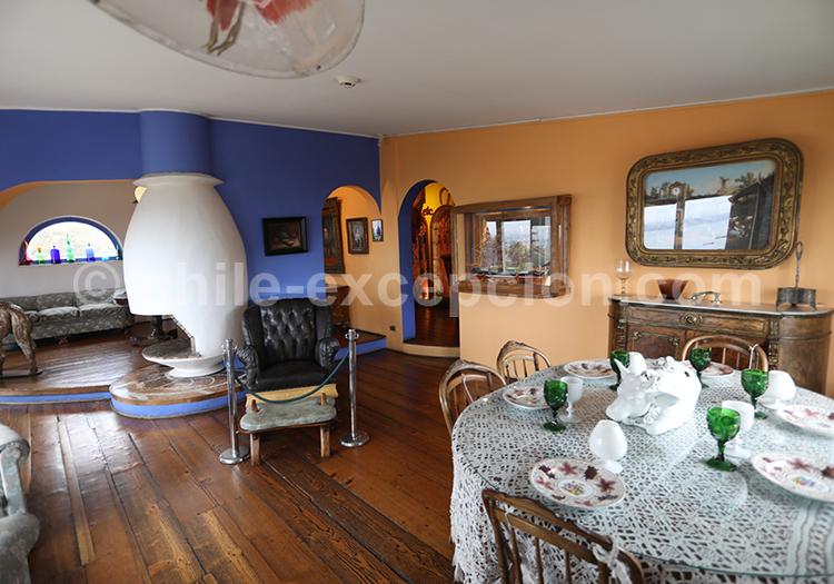La Sebastiana, maison de Pablo Neruda, Valparaiso, Chili avec l