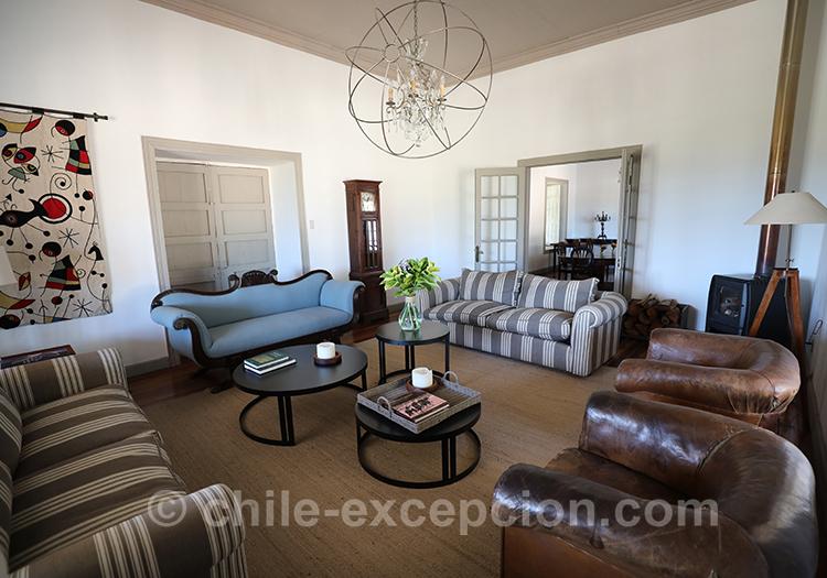 Joli salon de l'hôtel Casa Bouchon, centre Chili