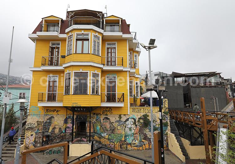 Visite libre des quartiers de Valparaiso
