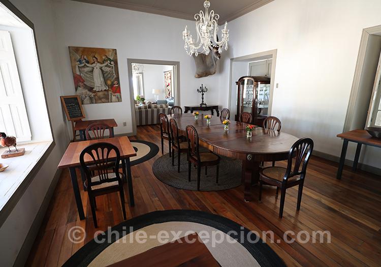 Salle à manger de Casa Bouchon, bel hôtel du Centre du Chili