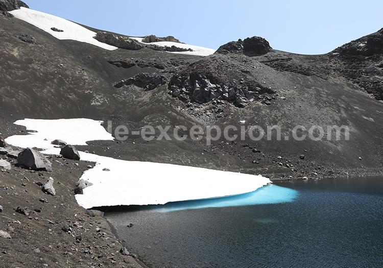 Glacier au dessus du volcan Sollipulli, Chili
