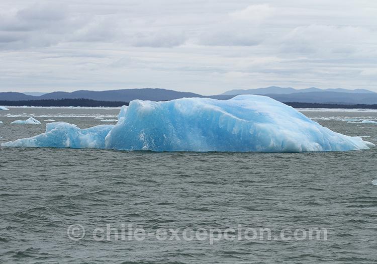 Ice bergs sur le lac San Rafael, Chili